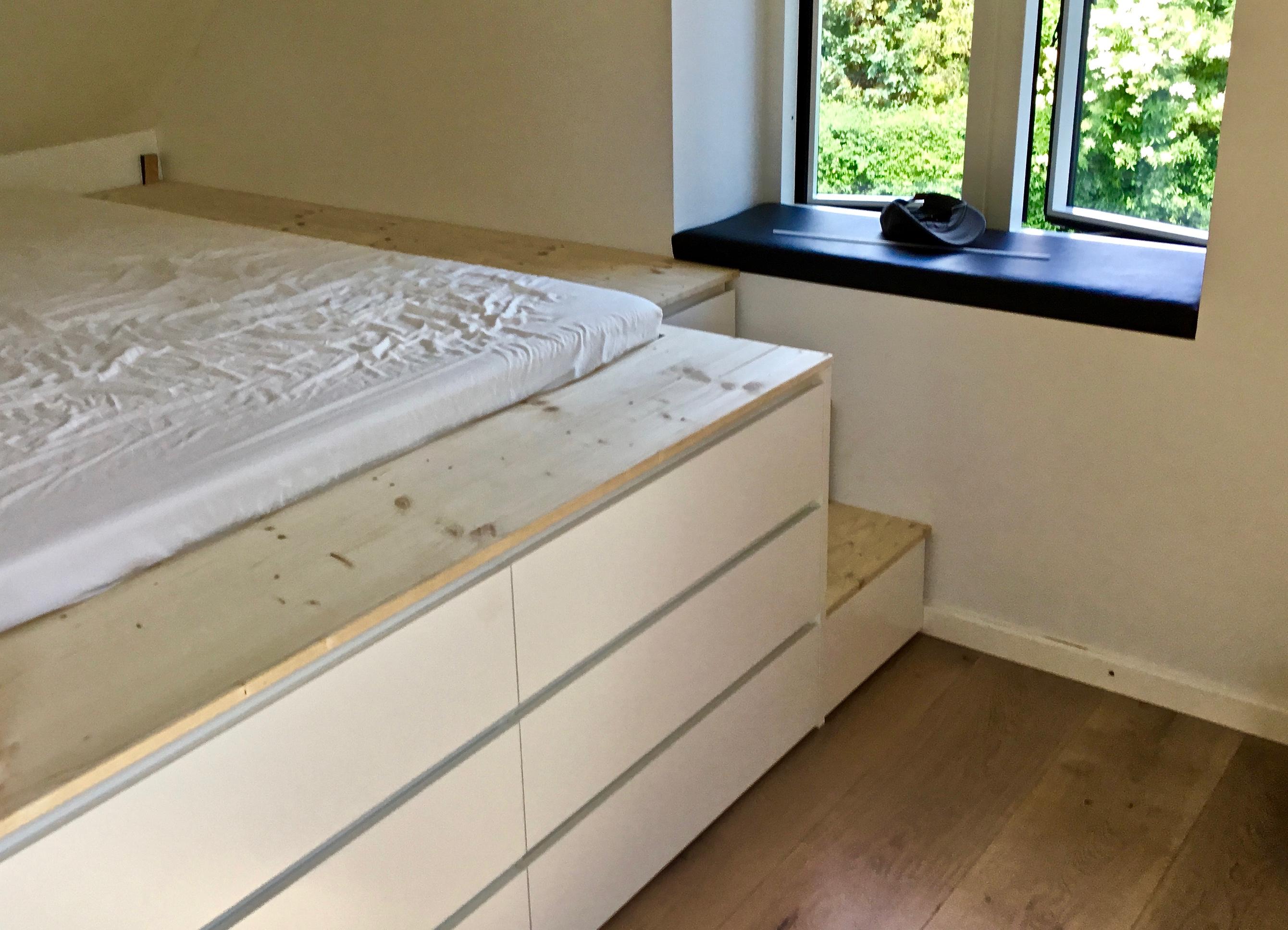Ekstra Hævet seng med opbevaringsplads – Møllers Tømrerfirma ApS RK27